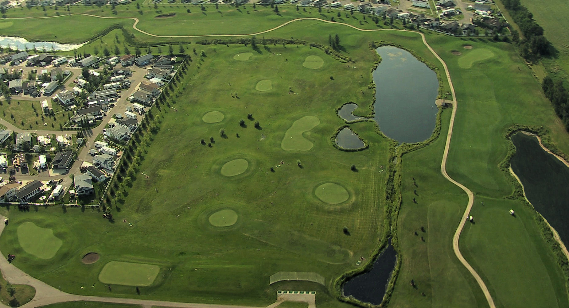 Minilinks - great for kids, practice, finessing short game.
